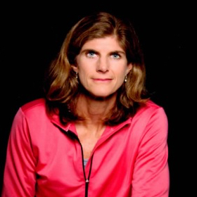 11: Professional Triathlete, Ironman Champion, and Facing Thyroid Cancer with Karen Smyers